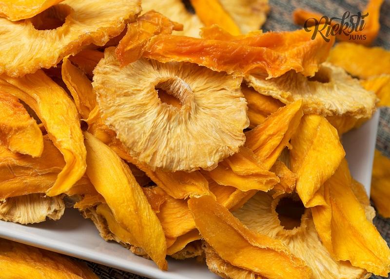 Ananāsa un mango draudzība 1 kg