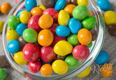 Krāsaini zemesrieksti piena šokolādē 1 kg